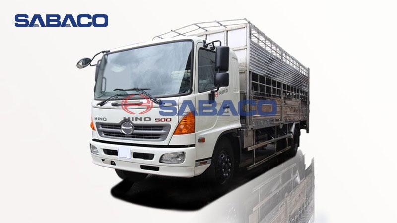 Xe tải Hino chở gia súc trâu bò, heo (lợn) 8 tấn FG